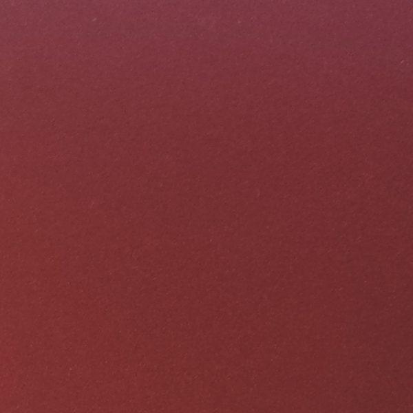 folie i farven vinrød